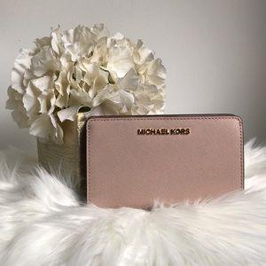 NWT Michael Kors slim bifold wallet PRICE FIRM